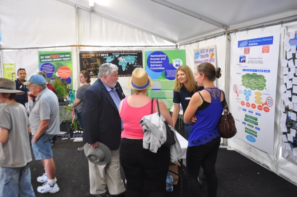 Clr Kim Ford, Mayor of Hawkesbury, chats to residents at 2015 Show