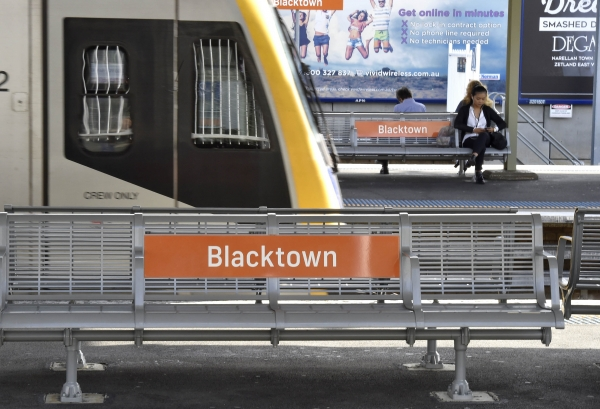 Train pulling into Blacktown Station on the Western Line.